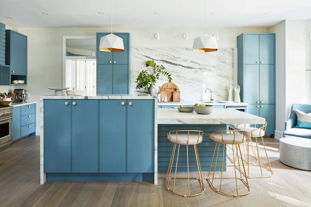 The 17 Hottest Kitchen Cabinet Trends for 2020 - Cutler ...